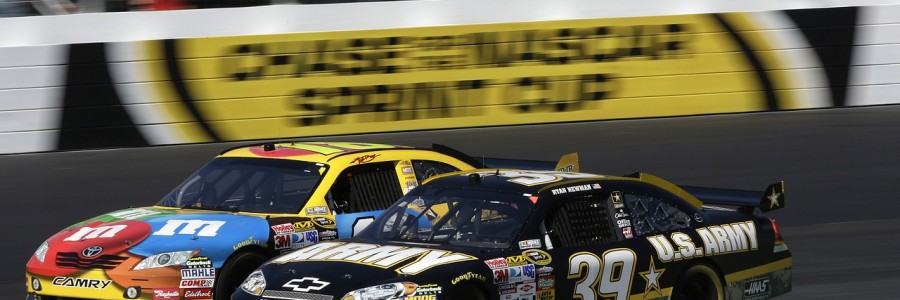 auto-racing-558089_1280