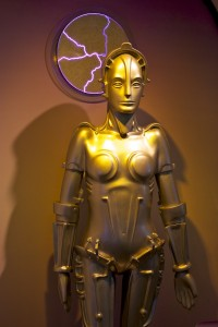 Maria_from_the_film_Metropolis,_on_display_at_the_Robot_Hall_of_Fame