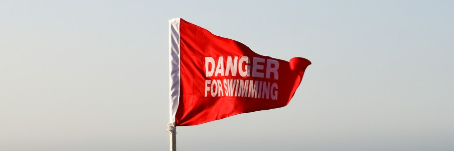 red-flag-2786522_1280