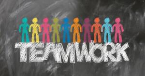 teamwork-2499638_1280